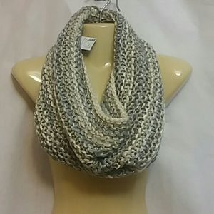NWT Maurices Cable Knit Infinity Scarf Cowl Neck